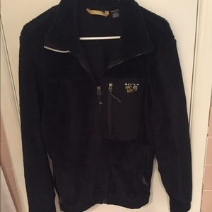Mountain hardware jacket